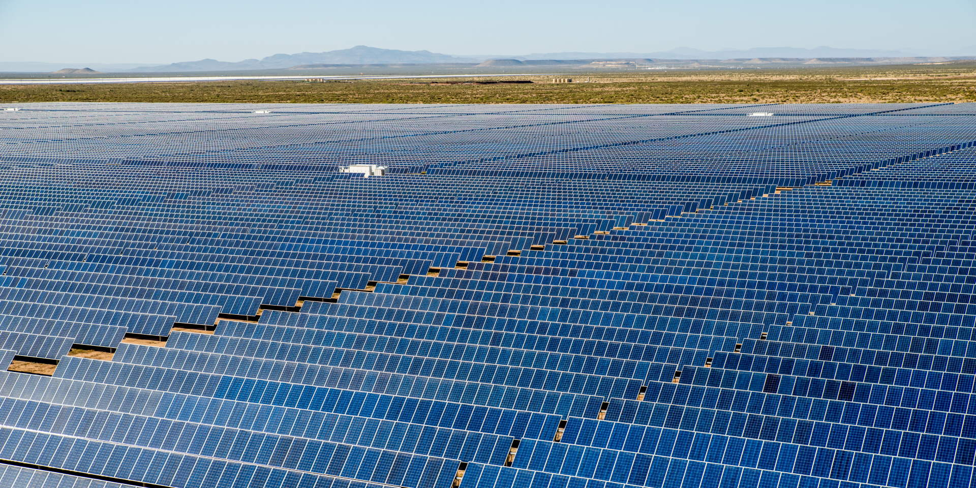 US Utility-Scale Solar Pipeline Tops 37.9 Gigawatts