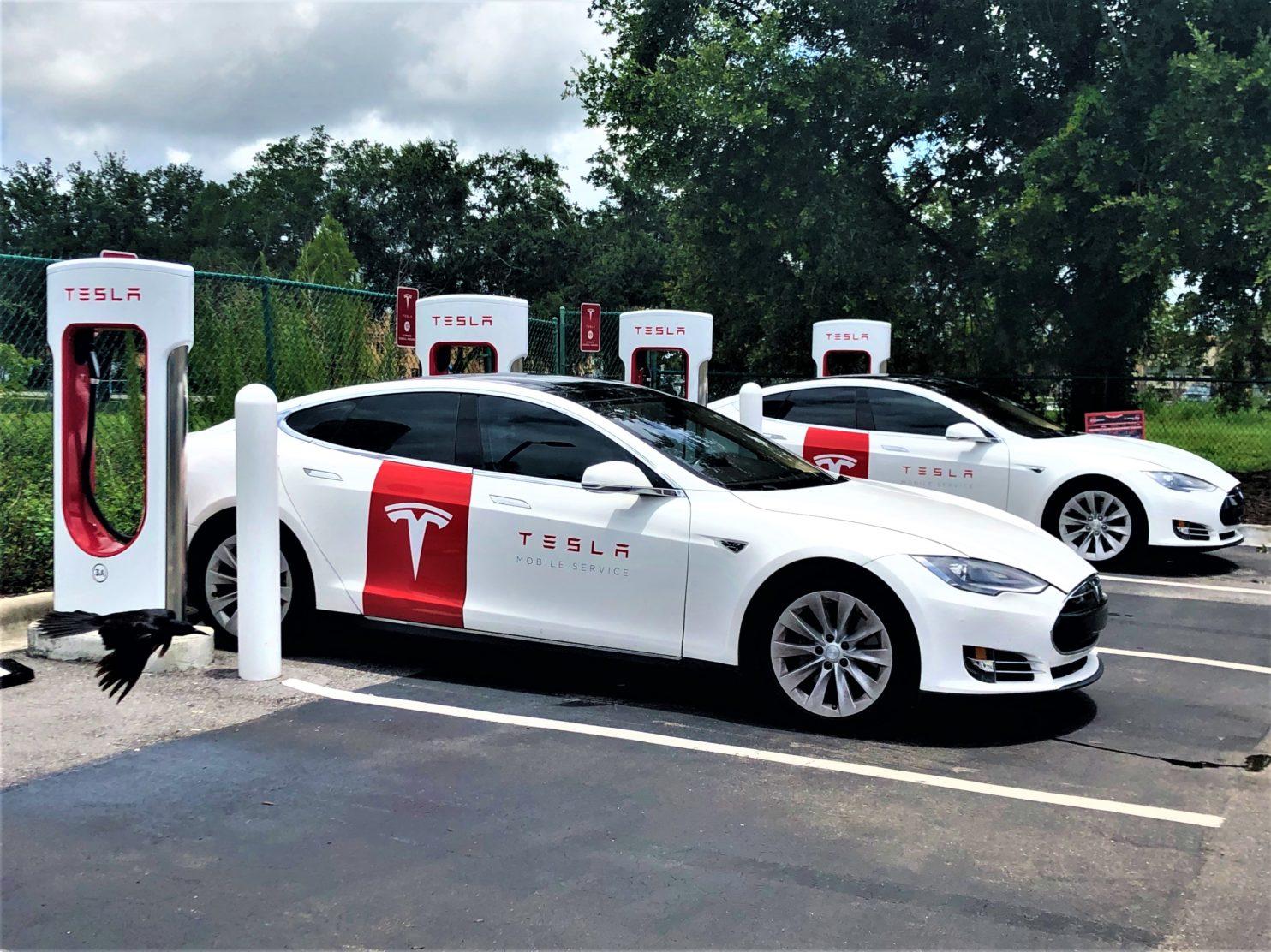 Tesla Service Cars JRR | CleanTechnica