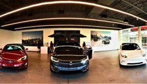 Tesla Showroom JRR | CleanTechnica