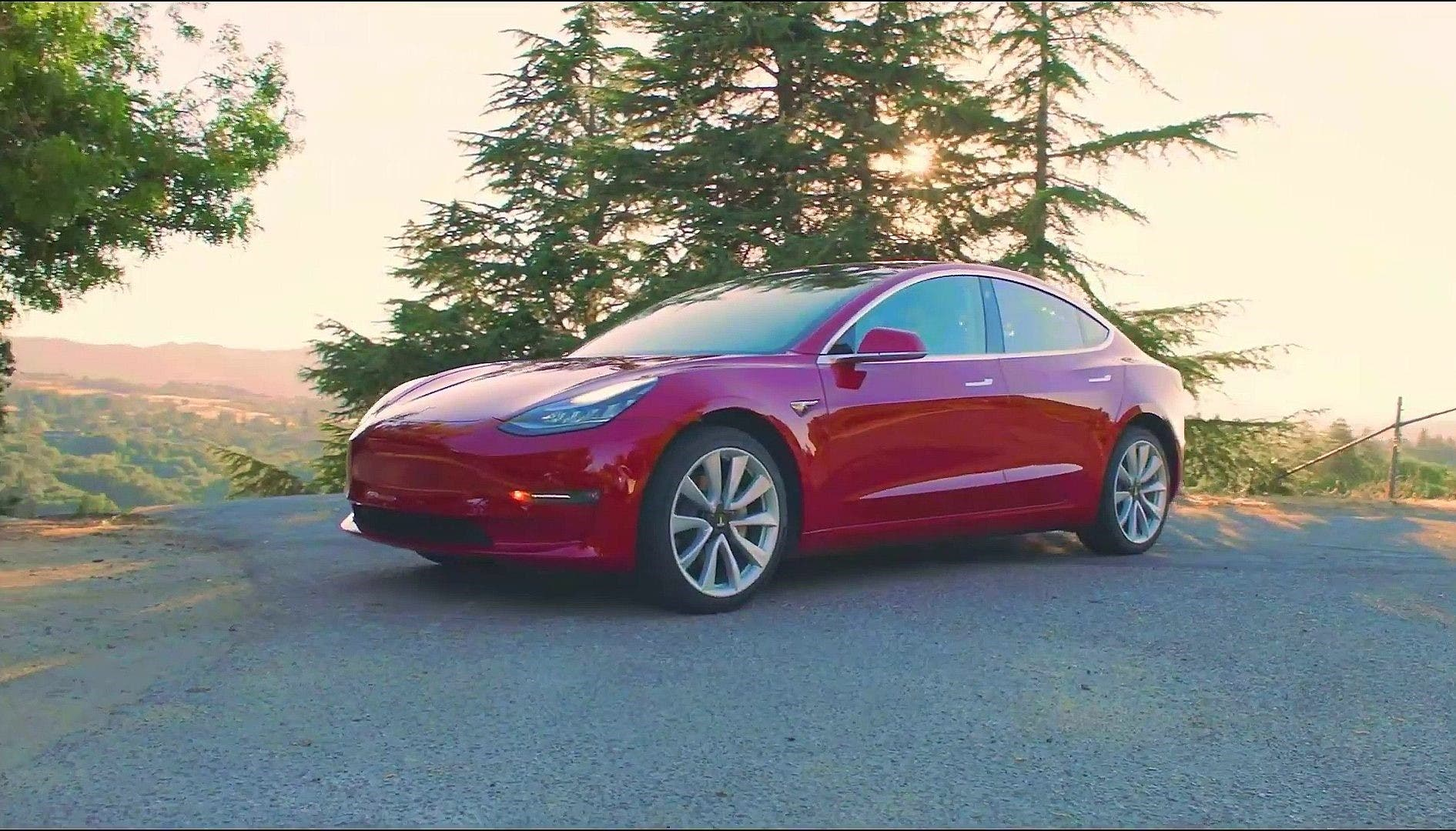 Tesla Model 3 Standard Range Plus by Dr. Maximilian Holland