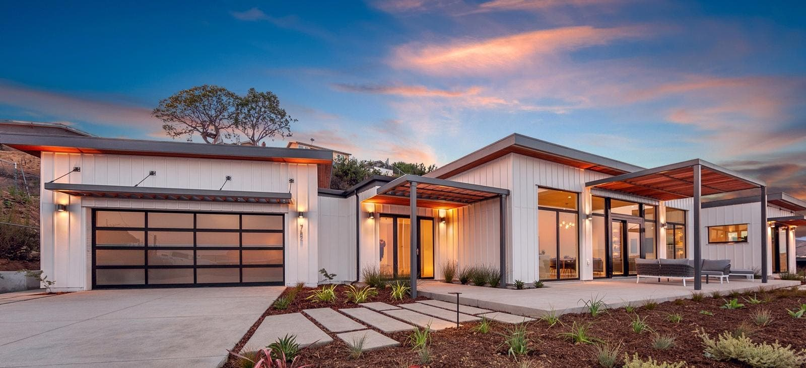 New Prefab Homes Never Need To Be Connected To The Grid | CleanTechnica