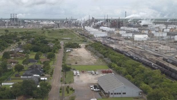 https://nexusmedianews.com/fighting-floods-and-fossil-fuels-in-port-arthur-texas-video-e6a204eb97d2