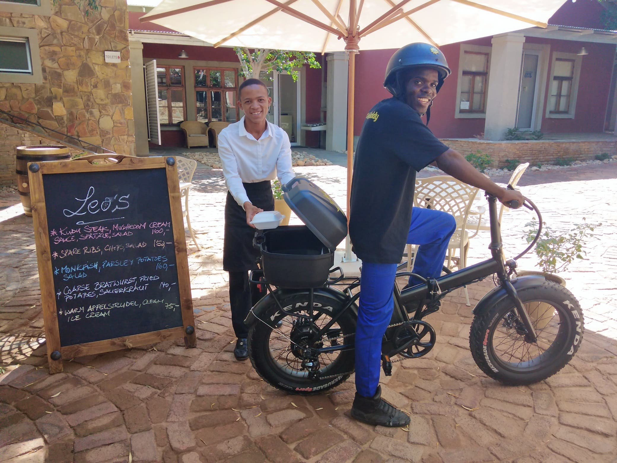 : E-Bikes from E-Bikes4Africa. Images Courtesy of E-Bikes4Africa