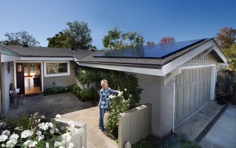 """photo of Assemblywoman Who Said """"F*CK Elon Musk"""" Backs A Proposal To Kill Rooftop Solar In California image"""