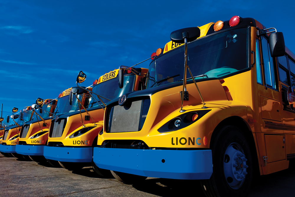 Image of article '27 Electric School Buses Headed To Quebec'
