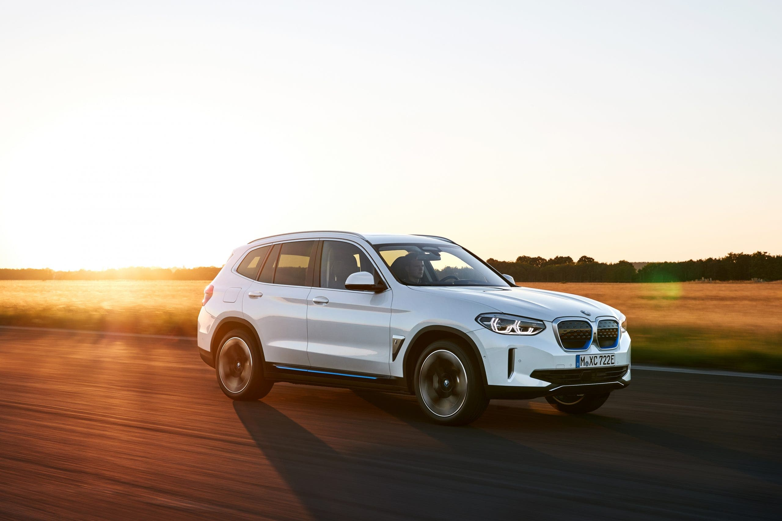 BMW iX3 electric SUV unveiled