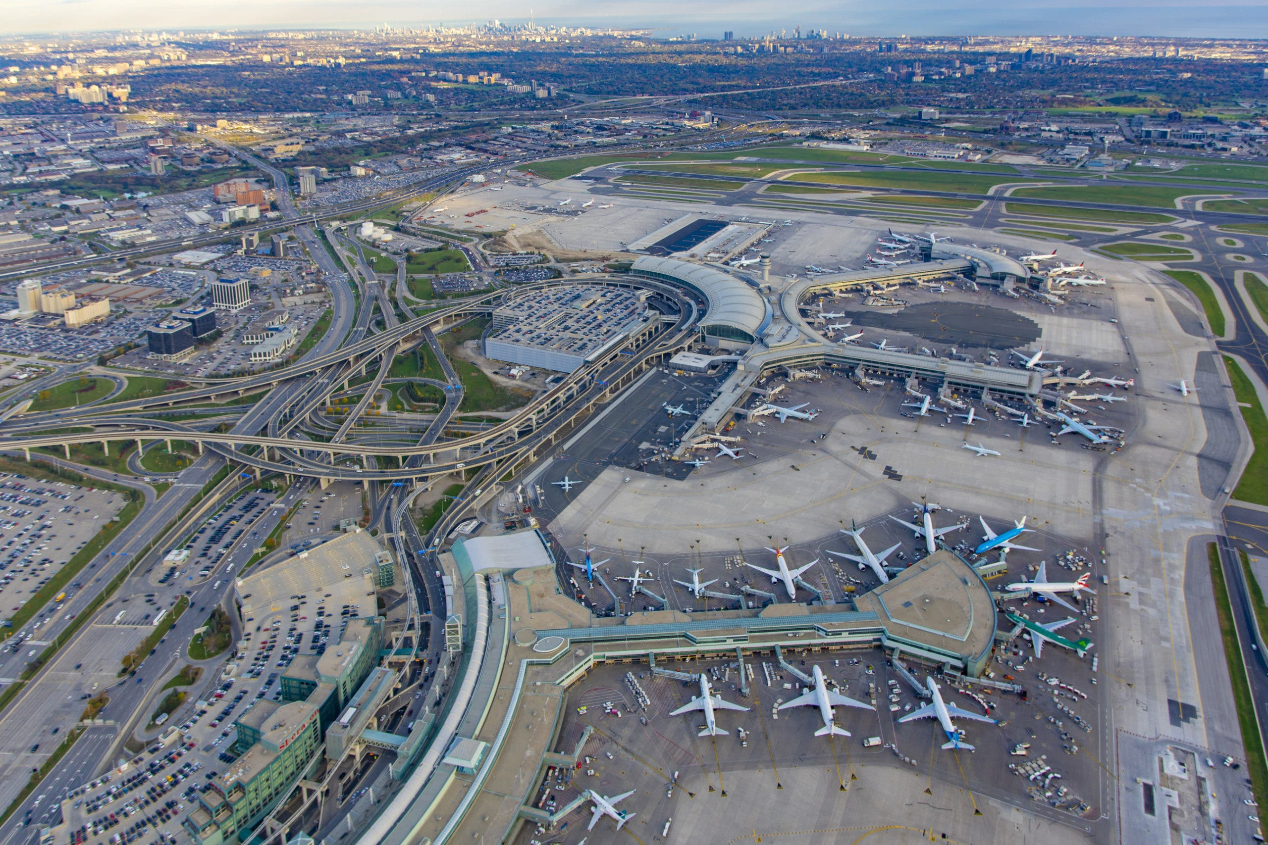 Toronto Pearson Wins Environment Award for 60% Reduction in Greenhouse Gas Emissions