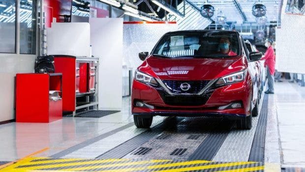 photo of Now 500,000 Nissan LEAFs Worldwide image