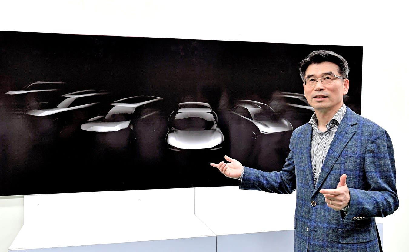 KIA Plans EV Division With 7 Models, 25% EV Sales By 2030. Is That Goal Too Low?