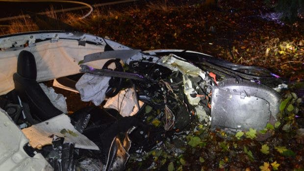 """photo of Tesla Model 3 Gets Absolutely Demolished, Driver Walks Away With """"Minor Injuries"""" image"""