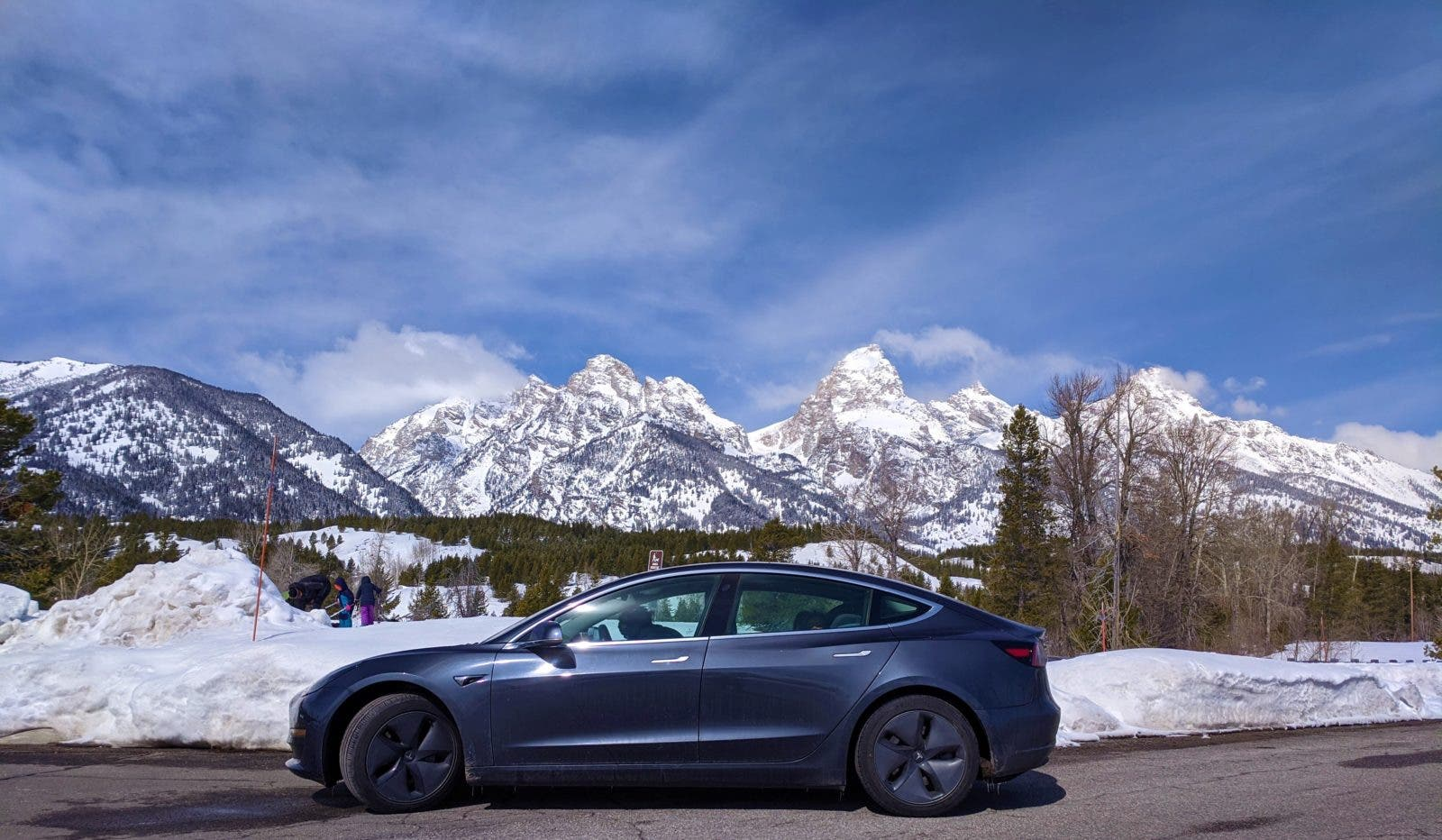 8 Days, 2 Kids, 2700 Miles, 1 Tesla — Lessons Learned From A Cross Country EV Road Trip