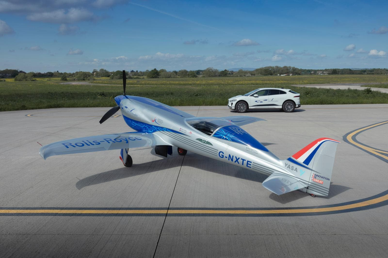 Rolls-Royce Attempting 100% Electric Aircraft Speed Record, Jaguar I-PACE Offering Ground Support