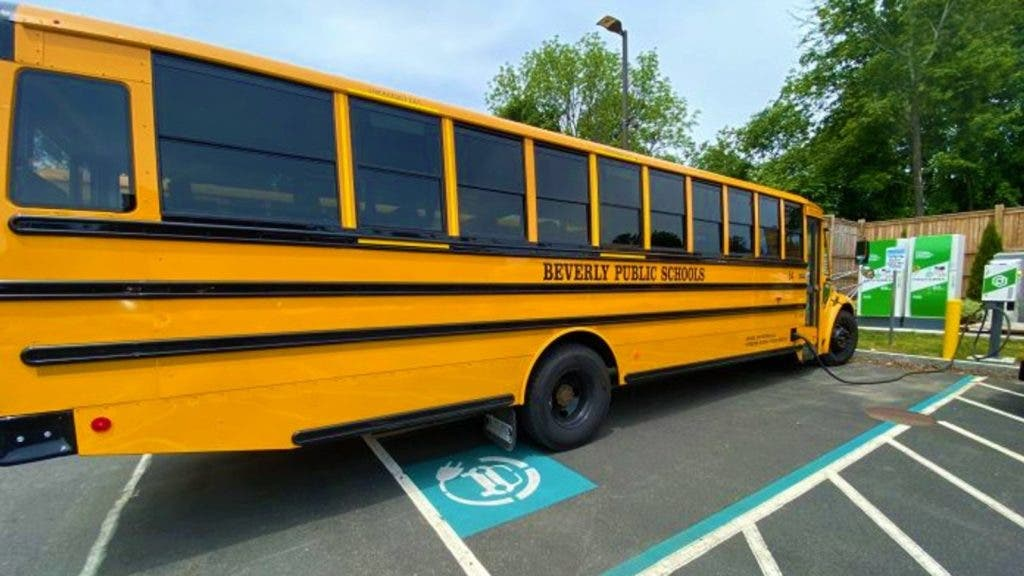 The Benefits of Electric School Buses, V2G for Low-Income Communities