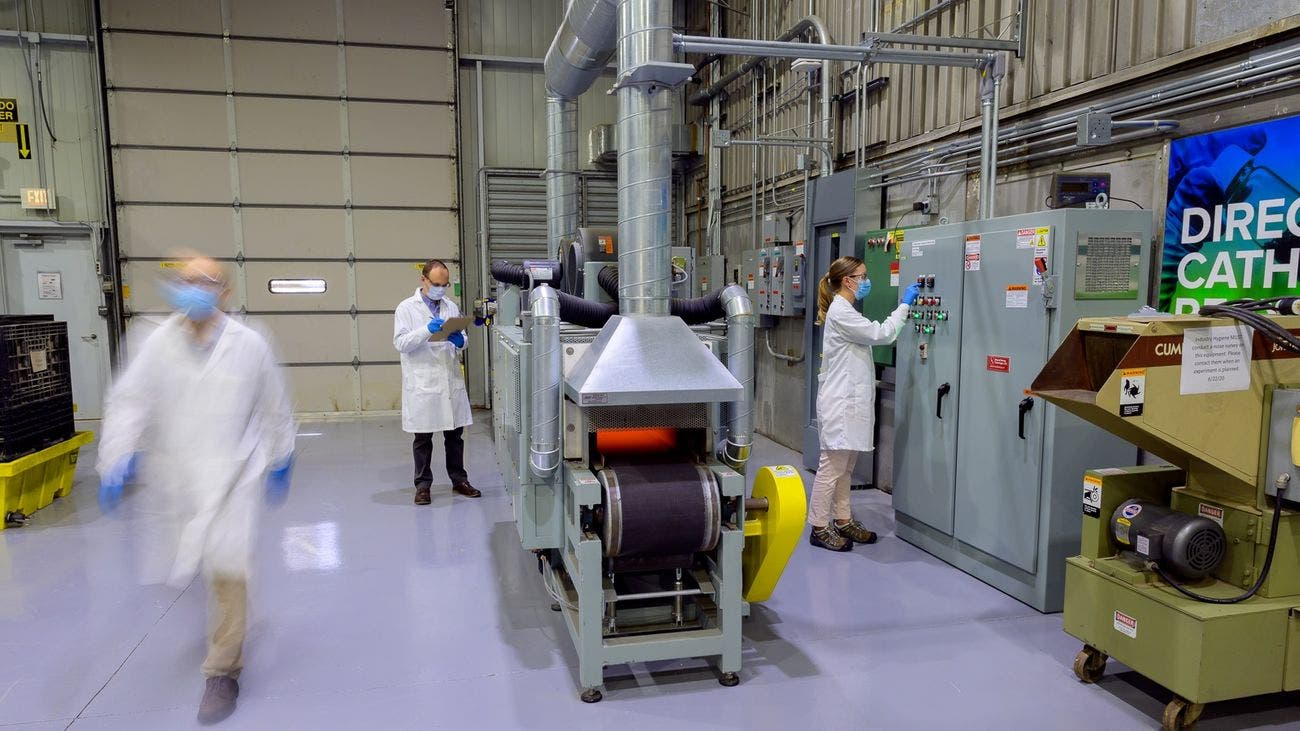 solid state battery research Argonne National Laboratory